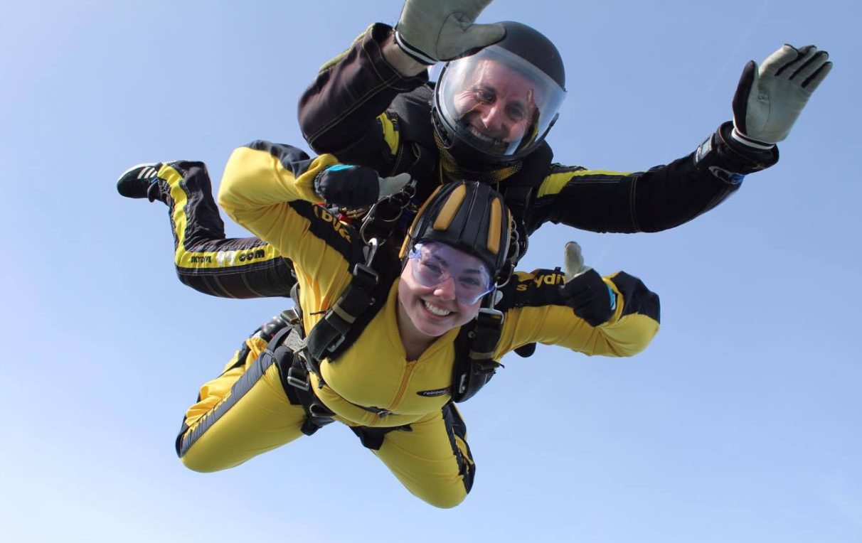 Charlotte Tutchings Saks Exeter skydive for The Eve Appeal