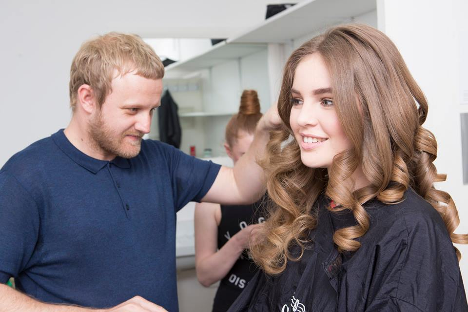 Luke Pluckrose styling hair for The Clothes Show 2016 campaign video