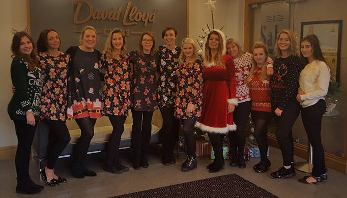 Saks Lincoln team for The Eve Appeal